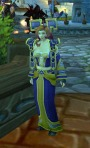 Mog: Sadly I didn't catch who this person was, but her dress is Robe of the Dragonslayer and I think she did a good job of  matching it up.